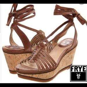 Frye Carlie Strappy wedges size 8.5